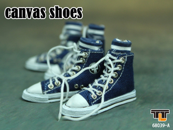 Blue Converse canvas with socks