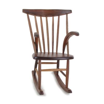 fauteuil rocking chair en bois marron machinegun. Black Bedroom Furniture Sets. Home Design Ideas