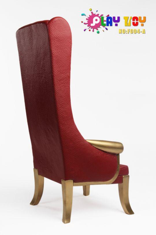chaise haute rouge machinegun. Black Bedroom Furniture Sets. Home Design Ideas