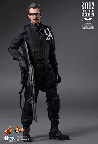 The Dark Knight - Lt. Jim Gordon (S.W.A.T. Suit Version)