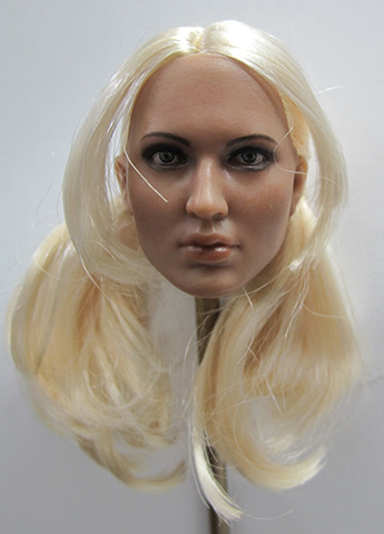Headsculpt Emily Browning