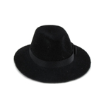 Chapeau en velours (Noir)