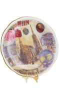 Porcelain Plate with Display (White)