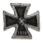 Diecast First Class Iron Cross Badge (Black)