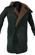 Worn Coat with Fur Collar (Green)