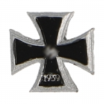 Diecast Iron Cross First Class Badge (Black)
