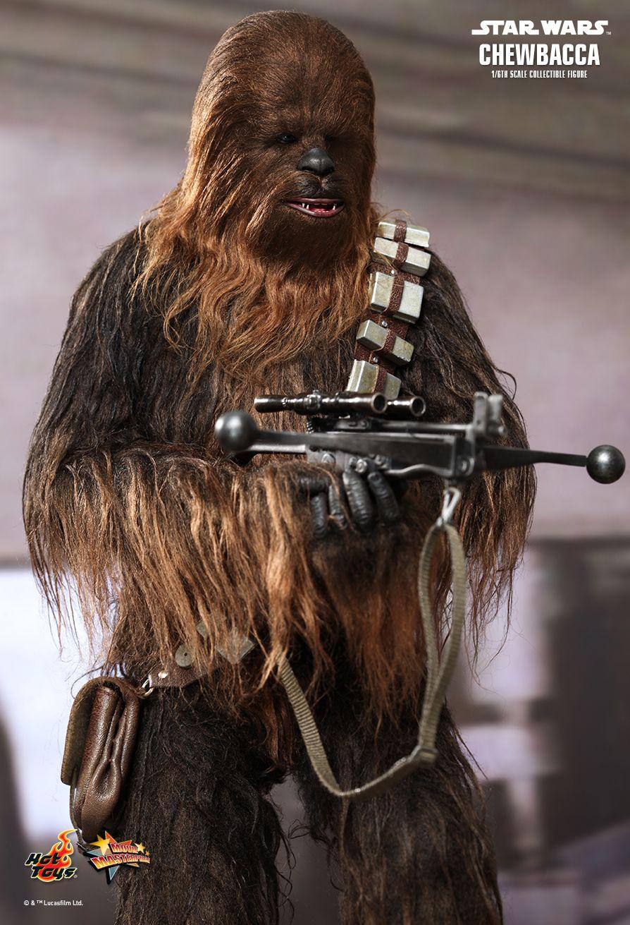 figurine 1 6 star wars episode iv chewbacca machinegun fr