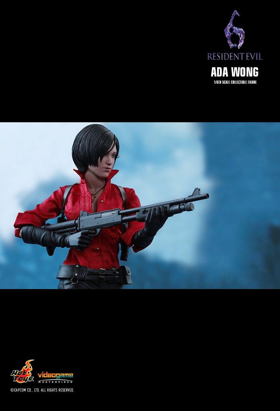 Hot Toys Leon Kennedy and Ada Wong Resident Evil 6 Figures